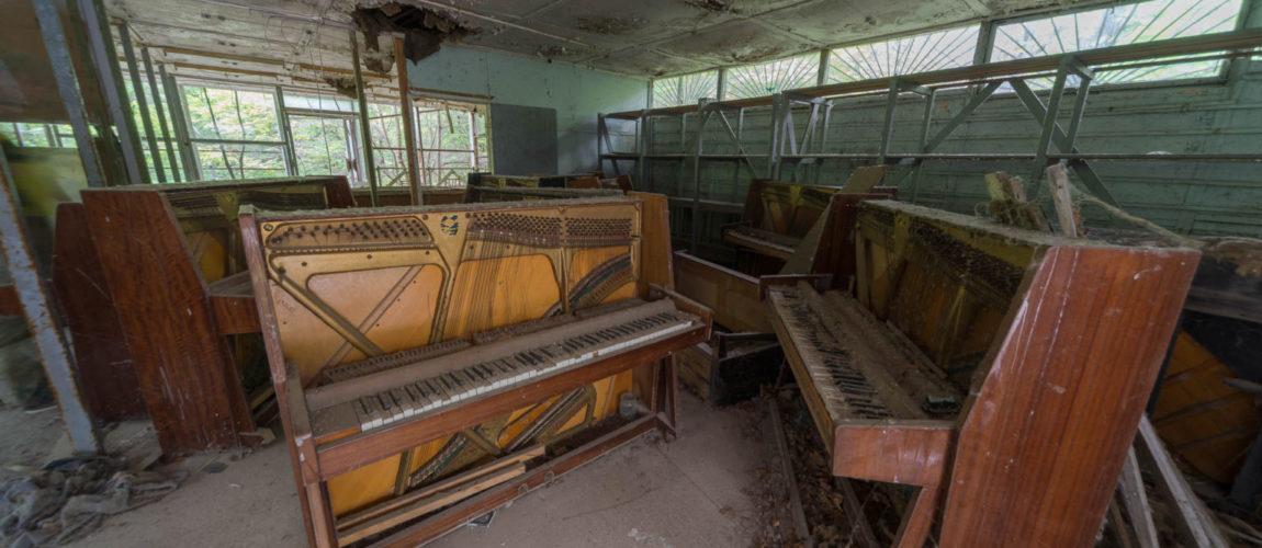 Piano-shop-1536x1025-1