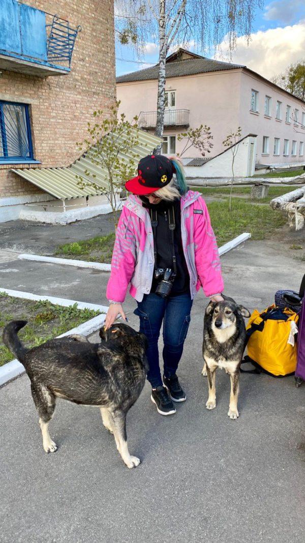 chernobyl-tour-dogs-pripyat